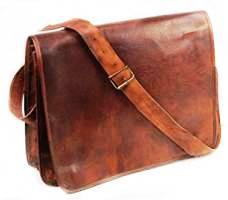 8d910e7b7e Avec son style rétro très tendance, cette besace en cuir pour homme conçu  soigneusement à la main rehaussera vos tenues et vous apportera une touche  ...