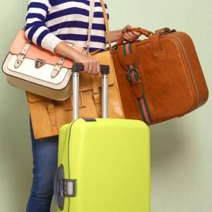 partir-vacances-avec-valise-rigide